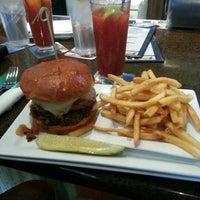 Foto scattata a Rehab Burger Therapy da Ed M. il 12/9/2012