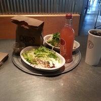 Foto tirada no(a) Chipotle Mexican Grill por Ivy S. em 3/16/2013
