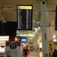 Foto scattata a Liverpool John Lennon Airport (LPL) da Andrew R. il 1/21/2013