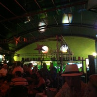 Foto diambil di Decky Bar oleh Mauro P. pada 12/30/2012