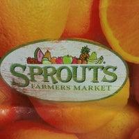 Foto scattata a Sprouts Farmers Market da Amanda D. il 7/22/2013