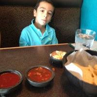 8/14/2013 tarihinde Andrea D.ziyaretçi tarafından El Burrito'de çekilen fotoğraf