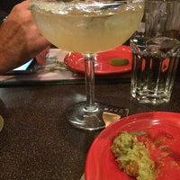 11/23/2014 tarihinde Andrea D.ziyaretçi tarafından El Burrito'de çekilen fotoğraf