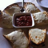 Снимок сделан в DiMille's Italian Restaurant пользователем Melissa M. 10/21/2012