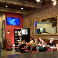 รูปภาพถ่ายที่ New York City Bagel & Coffee House โดย Naveed R. เมื่อ 7/10/2013