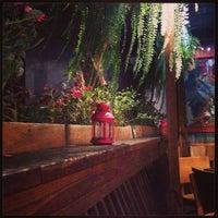 Photo prise au Eclectic Bistro & Bar par Joey P. le10/12/2014