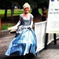 9/16/2012 tarihinde Joey P.ziyaretçi tarafından Atlanta Arts Festival'de çekilen fotoğraf