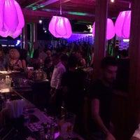 รูปภาพถ่ายที่ Cage Club Port Cratos โดย Tolga Turgut O. เมื่อ 5/31/2014