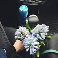 magazin-tsvetov-kameliya-na-troeshine-buket