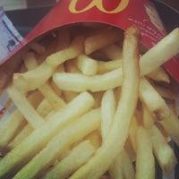 Foto scattata a McDonald's da Amandy G. il 1/6/2013