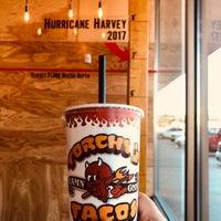 Foto tirada no(a) Torchy's Tacos por Heather S. em 1/9/2018