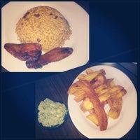 Das Foto wurde bei Garifuna Flava - A Taste of Belize von bestrategicPR™ am 6/28/2013 aufgenommen