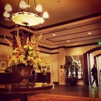 Foto tirada no(a) Washington Duke Inn & Golf Club por Jennifer L. em 4/26/2013