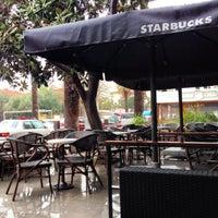 Das Foto wurde bei Starbucks von Mustafa O. am 3/5/2014 aufgenommen
