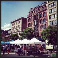 Снимок сделан в Union Square Greenmarket пользователем Andrea R. 7/5/2013