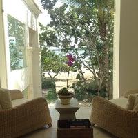 Foto tirada no(a) Casa Colonial Beach & Spa Resort por Jonn R. em 11/2/2014