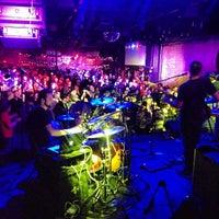 Das Foto wurde bei Brooklyn Bowl von Jay R. am 3/22/2013 aufgenommen