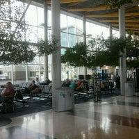 Photo prise au Victoria International Airport (YYJ) par Felipe M. le11/18/2012
