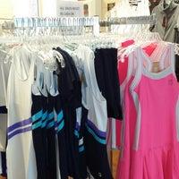 รูปภาพถ่ายที่ McGhee Tennis Center โดย Tess V. เมื่อ 4/12/2014