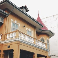 Foto scattata a Craftsman x บ้านอาจารย์ฝรั่ง da Theerapat Y. il 9/29/2018