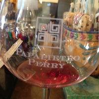 Foto scattata a Papapietro Perry Winery da Mark G. il 6/15/2013