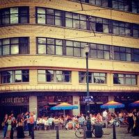 7/25/2013 tarihinde Linnziyaretçi tarafından Café Belga'de çekilen fotoğraf
