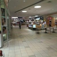 10/18/2013에 John K.님이 Meridian Mall에서 찍은 사진