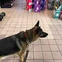 Foto scattata a Colorado Liquor Mart da Stephen W. il 3/25/2019