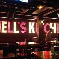 Foto tirada no(a) Hell's Kitchen por Sacnite N. em 6/15/2013