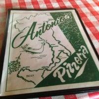Foto scattata a Antonio's Pizzeria & Italian Restaurant da Edward W. il 6/2/2013