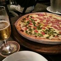 Foto scattata a Prestíssimo Pizza Bar da Jose L. il 11/25/2012