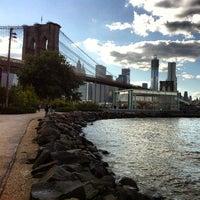 9/24/2012 tarihinde Brad B.ziyaretçi tarafından Brooklyn Bridge Park'de çekilen fotoğraf