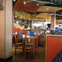 Das Foto wurde bei My Big Fat Greek Restaurant von Anna B. am 4/28/2013 aufgenommen