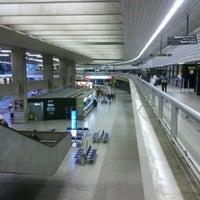 Foto scattata a Aeroporto Internacional de Confins / Tancredo Neves (CNF) da Vinicius G. il 4/10/2013