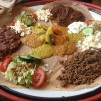 รูปภาพถ่ายที่ Abyssinia Afrikaans Eetcafe โดย Konstyantyn G. เมื่อ 5/25/2013