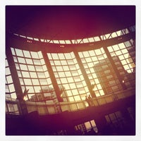 Foto scattata a Benaroya Hall da Jonathan I. il 9/21/2012