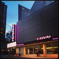 Foto scattata a Cinerama da Jonathan I. il 6/25/2013