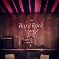 Foto tirada no(a) Hard Rock Cafe Santiago por Renato D. em 10/8/2013