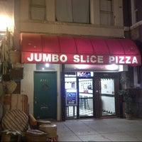 Снимок сделан в Jumbo Slice Pizza пользователем Casey D. 11/5/2012