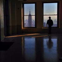 Foto diambil di Top of the Rock Observation Deck oleh Mal S. pada 5/16/2013