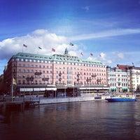 รูปภาพถ่ายที่ Grand Hôtel Stockholm โดย Pernilla N. เมื่อ 9/3/2013