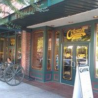 Foto tirada no(a) The Cannon Brew Pub por Vaden S. em 9/24/2012