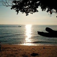 Hasil carian imej untuk pantai Malinddo balik Pulau .pulaunPinang