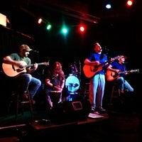 7/1/2013にLinda B.がDarwin's Pubで撮った写真