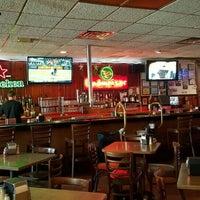 Foto scattata a Star Tavern Pizzeria da Rob 😎🇺🇸🇧🇸 C. il 9/26/2015