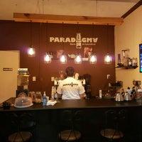 รูปภาพถ่ายที่ Paradigma โดย Arturinho C. เมื่อ 4/13/2016