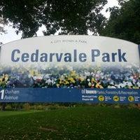 10/13/2012 tarihinde Yuming L.ziyaretçi tarafından Cedarvale Park'de çekilen fotoğraf