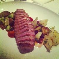 รูปภาพถ่ายที่ Aria Restaurant โดย Amol K. เมื่อ 10/27/2012