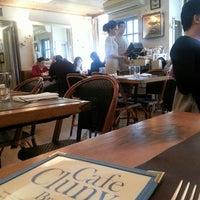 4/11/2013にMarlene W.がCafe Clunyで撮った写真