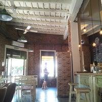 รูปภาพถ่ายที่ Boulangerie Cocu โดย Magdalena B. เมื่อ 3/16/2013